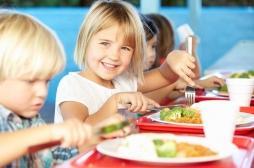 Alimentation : la taille des portions compte pour les jeunes enfants
