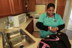 La visite à domicile d'une Infirmière fait baisser la mortalité maternelle