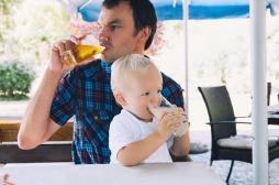 La consommation d'alcool du père a des conséquences sur l'enfant