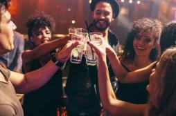 Alcool : qu'est-ce que le binge-drinking, cette nouvelle pratique néfaste pour le sommeil ?
