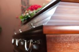 Inde : un jeune homme déclaré mort se réveille avant son enterrement