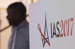 Ménopause : les femmes vivant avec le VIH sont à haut risque