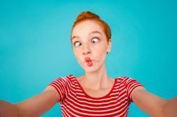 L'obsession du selfie, dangereuse pour les adolescentes