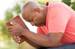 Pour protéger leur cœur, les cardiaques doivent prier