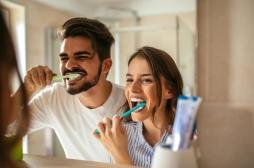 Bactéries, champignons, virus… : l'hygiène buccale est essentielle à notre santé
