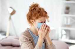 Covid-19: les médecins tentent toujours de comprendre pourquoi les symptômes persistent chez certains patients
