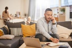Télétravail : ces trois exercices évitent d'avoir mal au dos devant l'ordinateur