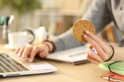 Une baisse de la glycémie entraîne des fringales… et fait manger davantage
