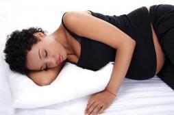 Grossesse: quelle est la meilleure position pour dormir?