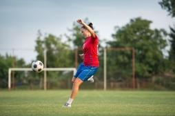 Football, handball: les sports d'équipe augmenteraient la longévité chez les femmes