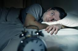 Sommeil : peu dormir plusieurs nuits de suite fait voir la vie en noir