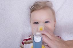 Bronchiolite : une mère filme son bébé en détresse respiratoire pour informer les parents