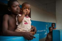 Ebola: un cas détecté en zone urbaine en RDC, des millions de personnes menacées