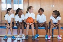 Des exercices physiques ludiques et supervisés favorisent le bien-être des enfants en surpoids
