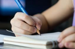 Une fillette de 11 ans hospitalisée après s'être empalé le cou sur un crayon à papier