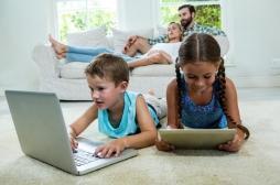 Attention! Nos enfants sont gavés par les écrans. La limite, pas plus de 10 heures par semaine