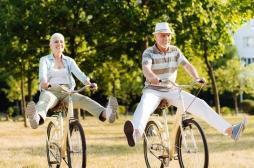 On sait enfin pourquoi les femmes vivent plus longtemps que les hommes