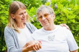 Démence : aux Pays-Bas, on reproduit les environnements familiers des patients pour les traiter