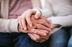 L'espérance de vie des Français augmente moins vite à cause de la grippe et des cancers