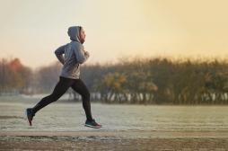 Course à pied : ce n'est pas le choc du pied sur le sol qui provoque les fameuses fractures de fatigue