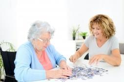 Les bonnes surprises de la mémoire : elle ne décline pas tant avec l'âge et elle est utile pour comprendre l'avenir