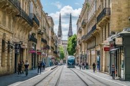 """Covid-19 : à Bordeaux, un quartier bientôt vacciné après la découverte d'un variant """"préoccupant"""""""