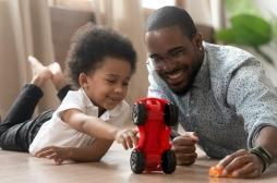 Comment jouer avec son enfant?