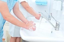 Hygiène des mains : un geste trop négligé par les soignants
