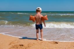 Vacances : comment vaincre la peur de l'eau ?