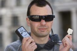 Un appareil aide les aveugles à « voir avec la langue »