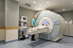 IRM : 1 Français sur 2 attend trop longtemps pour un rendez-vous