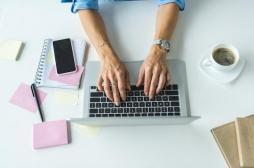 Atteinte d'un cancer rare de l'ovaire, elle est sauvée grâce à un réseau social