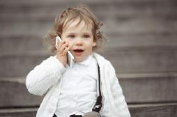 Téléphone portable: les familles ignorent les règles de bon usage