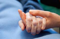Belgique : 2000 euthanasies déclarées en 2015