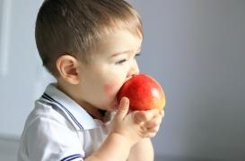 L'accouchement, l'allaitement et l'alimentation des mères peuvent réduire le risque d'allergies chez l'enfant