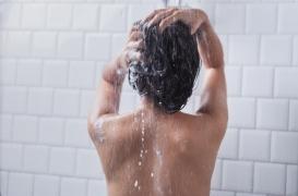 Hygiène : ne plus se laver pour préserver sa santé ?