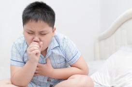 De solides liens familiaux peuvent aider les enfants atteints d'asthme