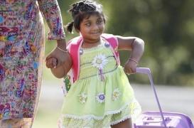 Choity Khatun : opération réussie sur la  fillette à trois jambes