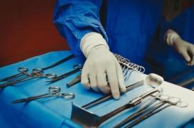 Cancer : la chirurgie illégale pourrait bientôt être sanctionnée
