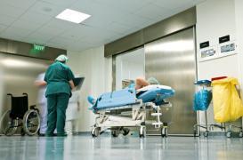 Malaise des soignants : le plan Touraine critiqué
