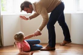 Interdire les gifles et les fessées des enfants réduit la violence chez les jeunes
