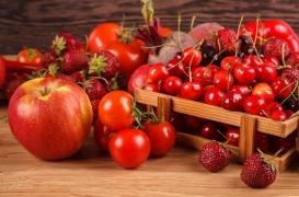 Allergies aux fraises et aux tomates : le risque dépend de la variété et peut être minoré