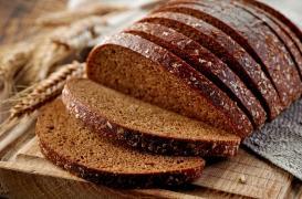 Stress et dépression : manger du pain de seigle complet réduit la sérotonine