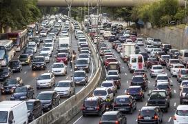 Alzheimer, Parkinson, sclérose en plaques: vivre près de grands axes routiers accroît le risque