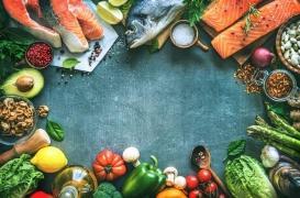 Le match «cru contre cuit»: avantages et inconvénients