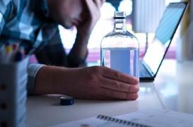 Addictions au travail : 20 millions de Français concernés