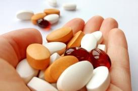 États-Unis : des patients fabriquent leurs médicaments eux-mêmes