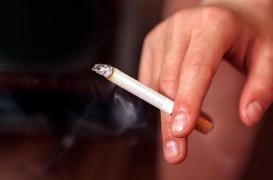 Polyarthrite rhumatoïde : les fumeurs sont plus à risque