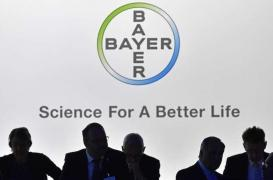 Pesticides : l'Europe enquête sur la fusion Bayer-Monsanto