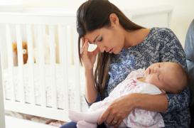 Les enfants perturbent le sommeil des mères